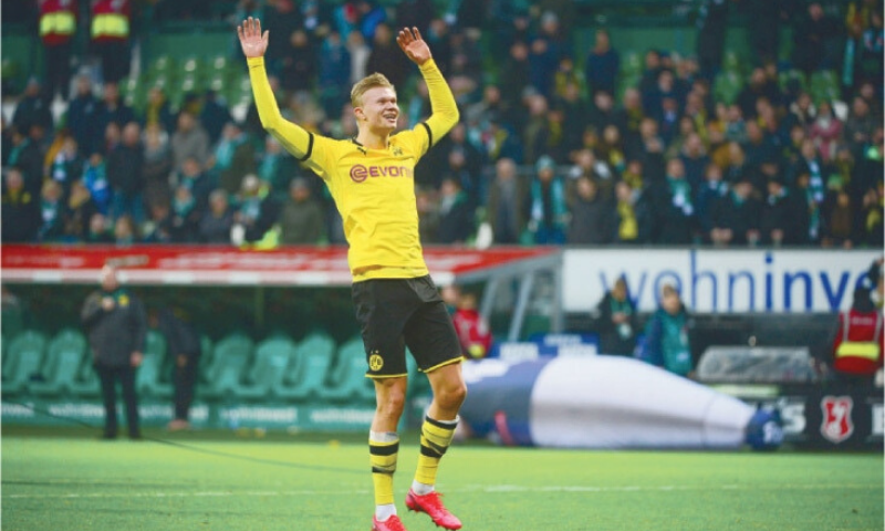 The 19-year-old striker claimed the first goal in Germany's top flight for over two months to set Borussia Dortmund on the way to a 4-0 win over their local rivals Schalke 04. — AFP/File