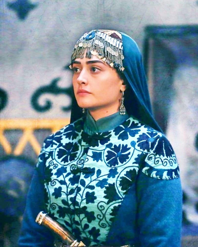 ڈرامے میں ارطغرل کی بیوی کا کردار ادا کرنے والی اداکارہ نے بھی پاکستان آنے کی خواہش کا اظہار کیا تھا—اسکرین شاٹ