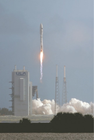 Cape Canaveral (Flordia, US): A United Launch Alliance Atlas V rocket stands lifts off from Launch Complex 41 at the Cape Canaveral Air Force Station on Sunday.—AP