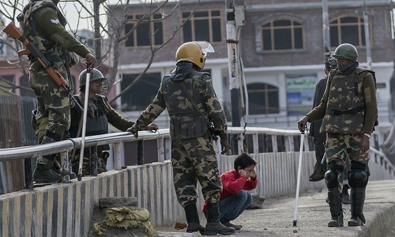 Occupied Kashmir's internet blackouts hinder health services, contact tracing