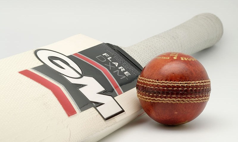 Cricket Australia mulls disinfecting ball to lower health risks