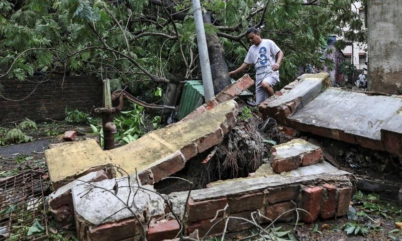 بنگلہ دیش، بھارت میں خوفناک طوفان نے تباہی مچادی، 84 افراد ہلاک
