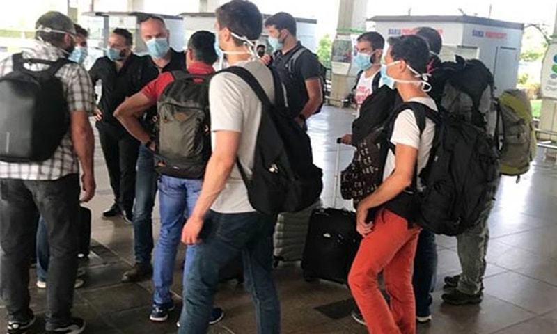 طیارہ حادثہ:  ایئربس کے ماہرین کا تحقیقات کیلئے جائے وقوع کا دورہ