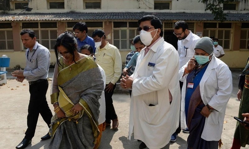 ممبئی میں سب سے زیادہ 42 فیصد اموات اور 32 فیصد کیسز رپورٹ ہوئے ہیں—فائل/فوٹو:اے ایف پی