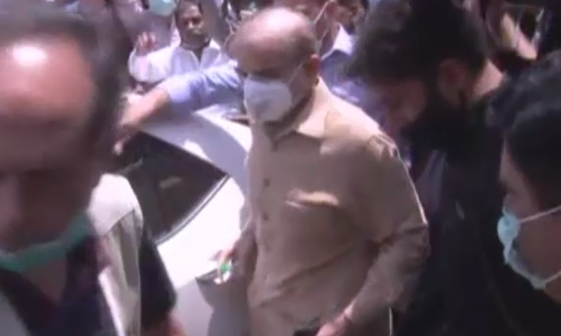 Shehbaz Sharif arrives at the Lahore High Court on Wednesday. – DawnNewsTV screenshot.
