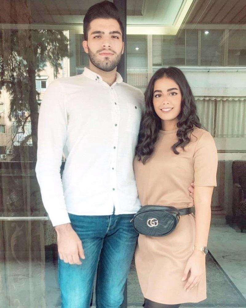 لبنانی لڑکی نے اقرا عزیز سے تشبیح دینے پر لوگوں کا شکریہ بھی ادا کا—فوٹو: انسٹاگرام