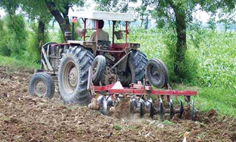 Growers are expecting a price cut as locally made tractors carry 5pc sales tax. — Dawn/File