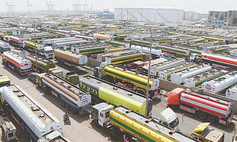 Oil tankers are parked in Karachi's Shireen Jinnah Colony. Fuel shortage has been reported in various parts of the country.—File photo