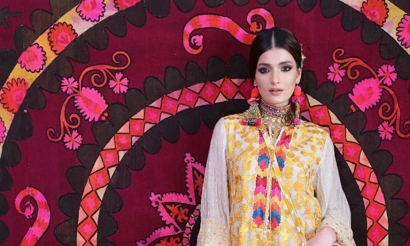 کورونا کے پیش نظر پاکستان میں پہلی بار ورچوئل فیشن شو