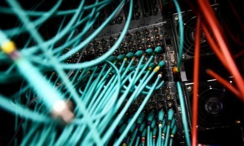 ٹیکنالوجی ادارے متنازع آن لائن قوانین واپس لینے کے خواہاں