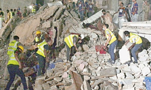 Many injured as five-storey residential building collapses in Lyari