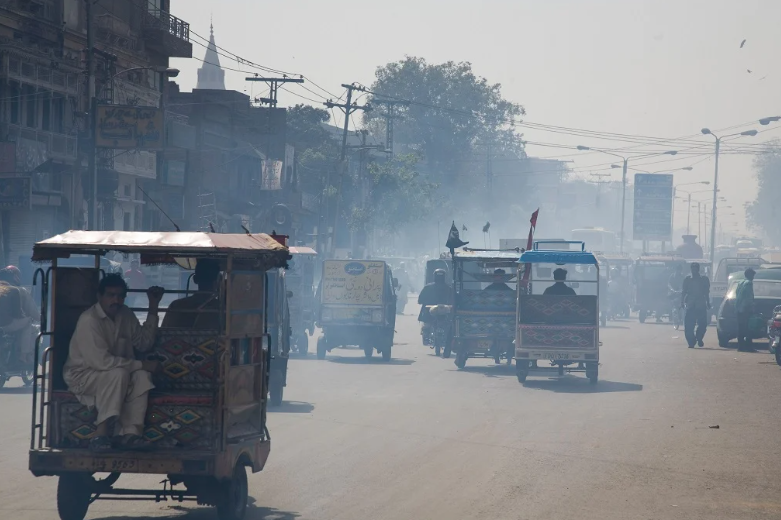 Low-quality fuel is one of the reasons behind air pollution in Pakistan's cities. — Photo by Alamy