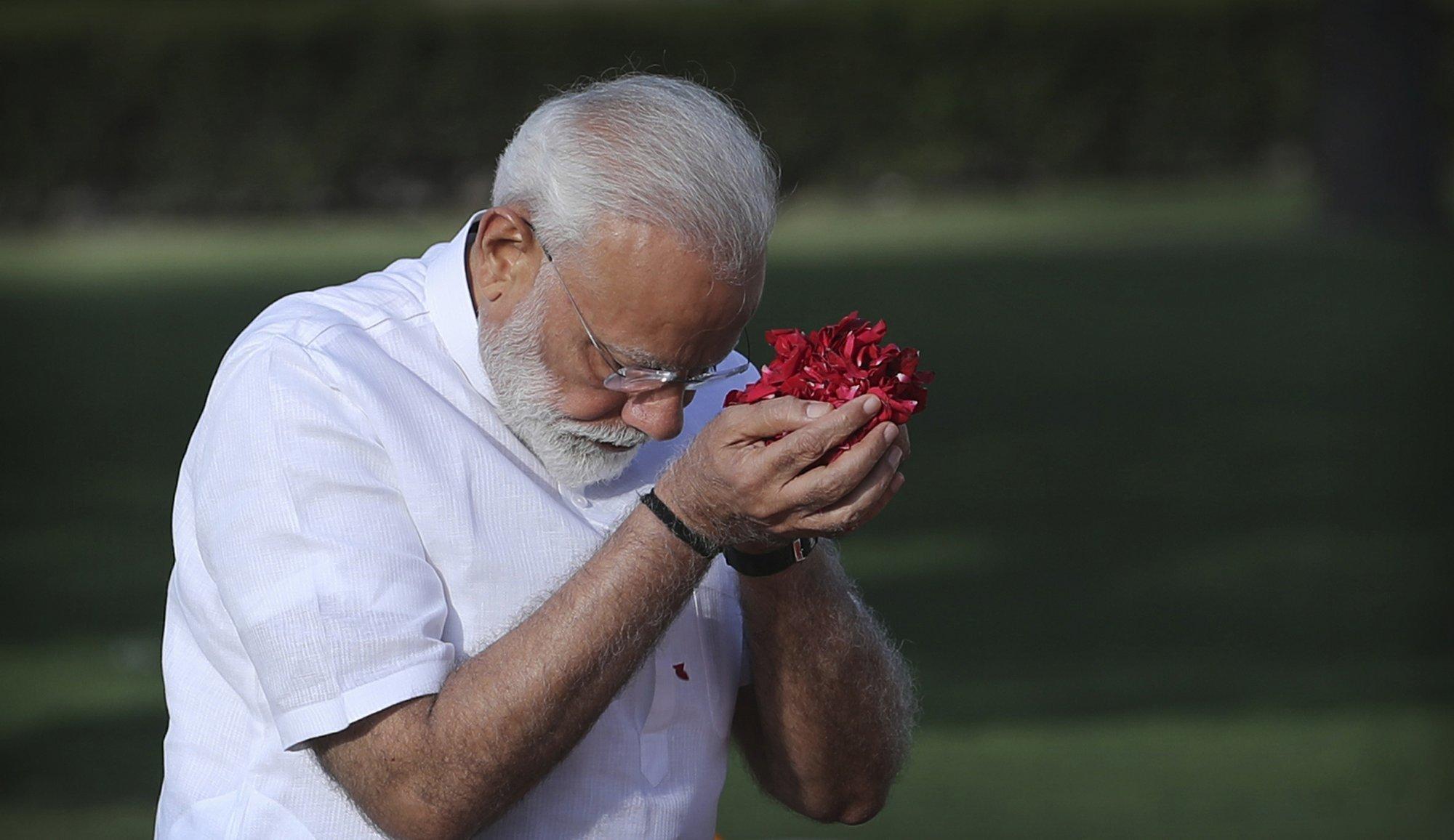 20 بھارتی فوجی مرنے کے باوجود وزیر اعظم نریندر مودی کی کارروائی محض بیانات تک محدود ہے— فائل فوٹو: اے پی
