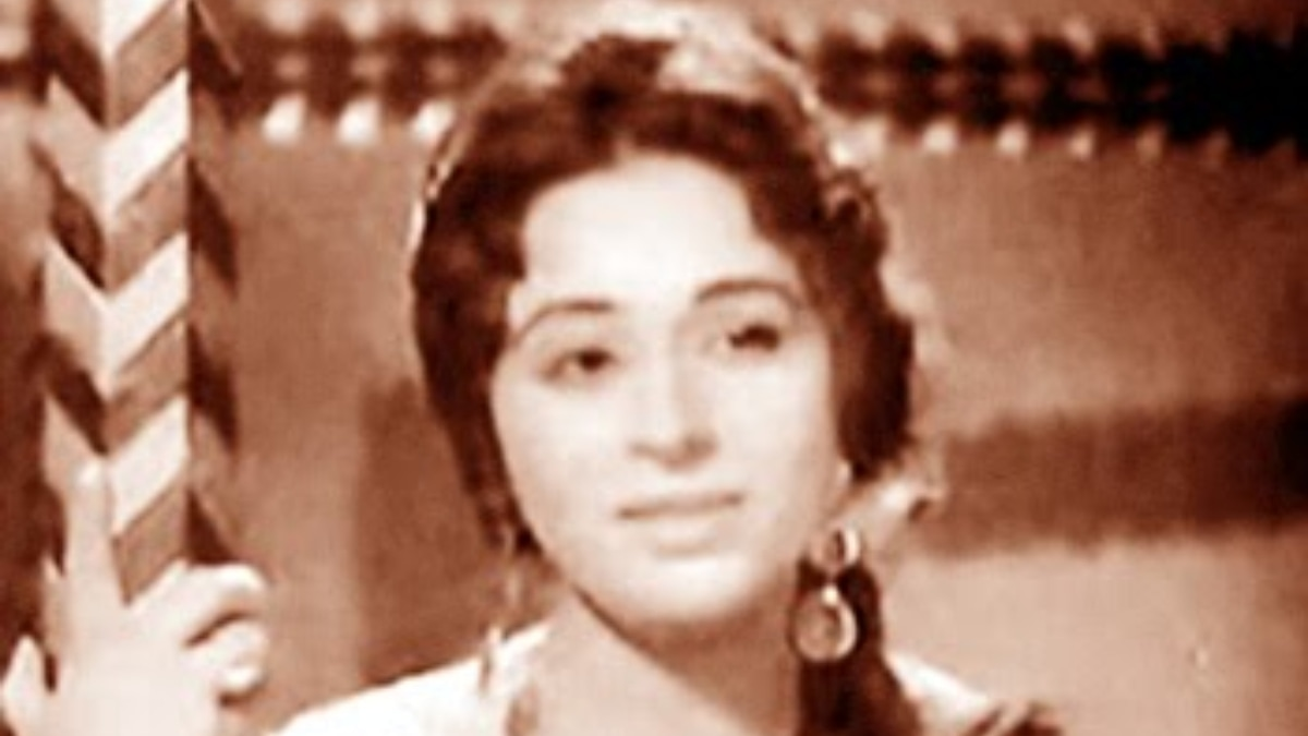 Or of a yesteryear beauty called Sabiha Khanum (pictured) who had once made the cinematic screen her own? —Photo credits: musstblogs.com