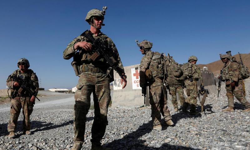 روس نے امریکی فوجیوں کو مارنے کیلئے افغان جنگجوؤں کو انعام کی پیشکش کی، امریکی اخبار