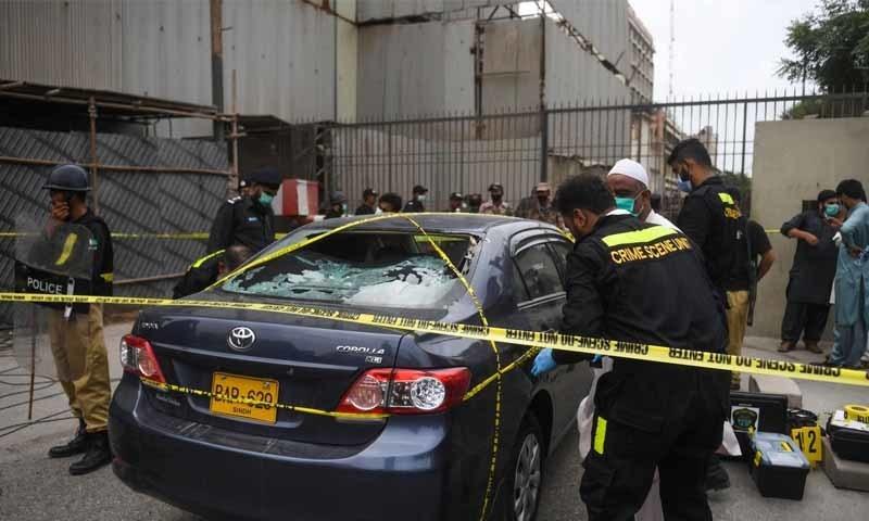 4 دہشت گردوں نے عمارت میں داخل ہو کر فائر کھول دیے —تصویر:اے ایف پی