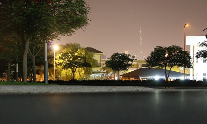 لاک ڈاؤن کی مہربانی سے اب برج خلیفہ کی روشنیاں دُور دراز علاقوں سے بھی دیکھی جاسکتی ہیں