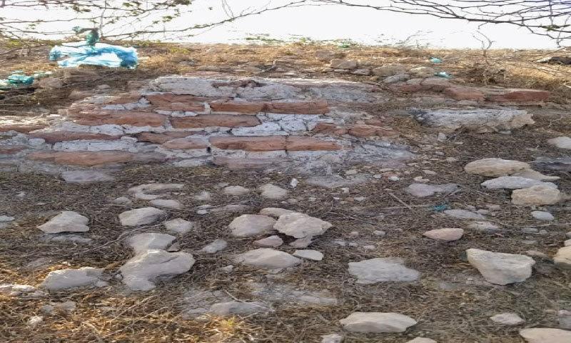 THE site identified as the fort of Sama dynasty warrior Doolah Darya Khan in Makli.—Dawn