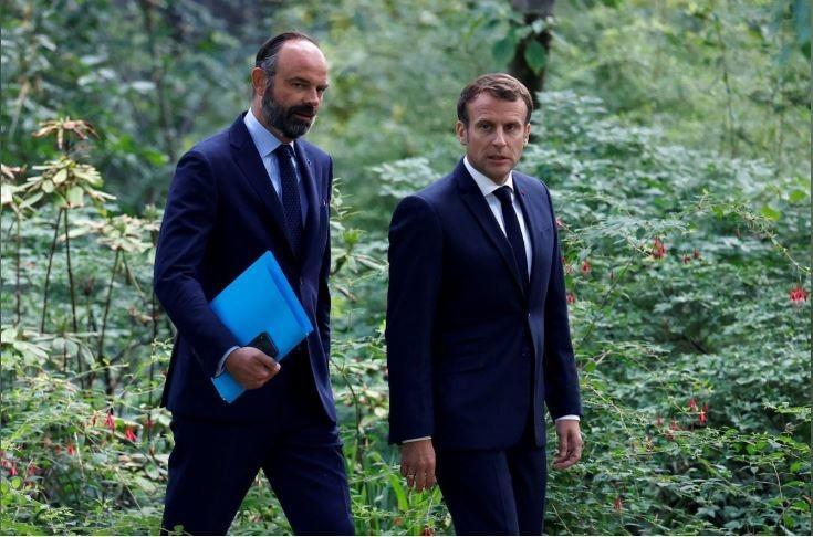 فرانس کے وزیراعظم کابینہ سمیت مستعفی