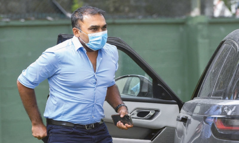 COLOMBO: Former Sri Lankan cricketer Mahela Jayawardene arrives at the Special Investigation Unit to be interviewed by police on Friday.—AFP