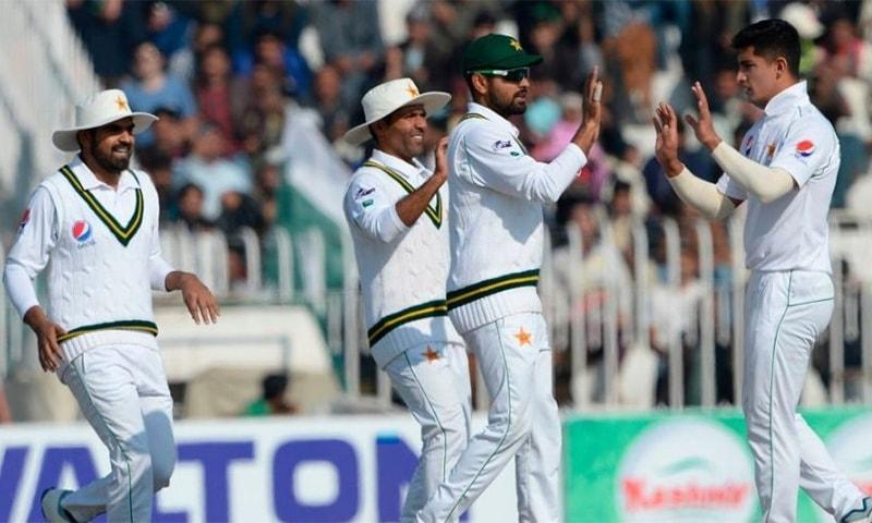 پاکستان اور انگلینڈ کے درمیان ٹیسٹ سیریز کا پہلا ٹیسٹ میچ 5 اگست سے اولڈ ٹریفورڈ میں کھیلا جائے گا— فائل فوٹو: اے ایف پی