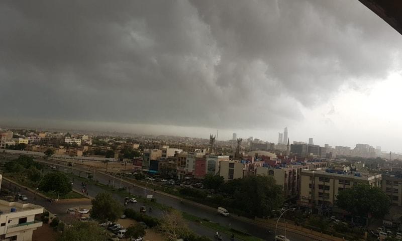 کراچی میں مسلسل دوسرے روز بارش ہوئی—فائل فوٹو: ٹوئٹر