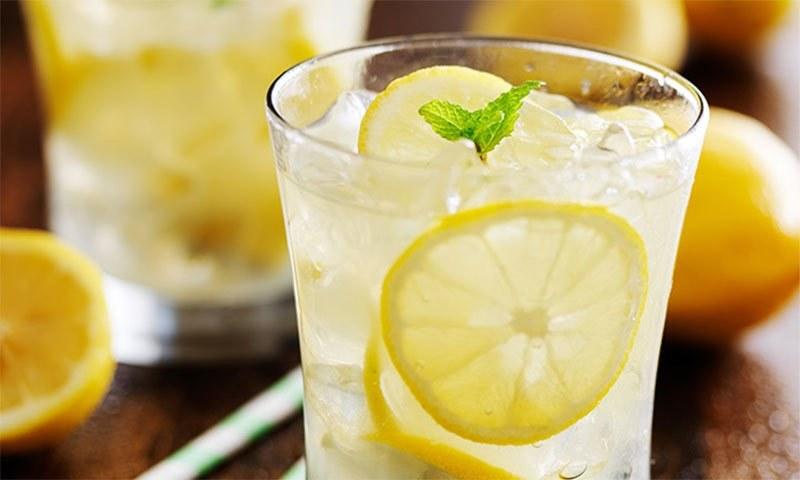 لیموں پانی کے چند حیرت انگیز فوائد