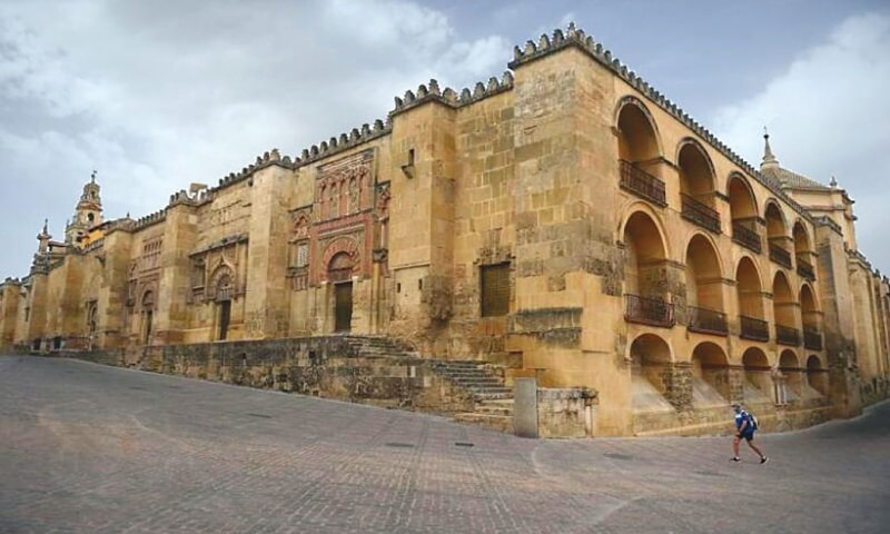 THE Mezquita, an eighth-century mosque later turned into a cathedral, is practically deserted.—AFP