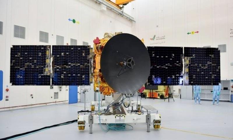 خلائی مشن کی گاڑی 6 سال میں مقامی طور پر غیر ملکی ماہرین کی مدد سے تیار کی گئی—فوٹو: خلیج ٹائمز