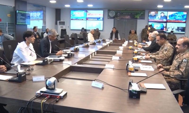 حفاظتی تدابیر کو نظر انداز کیا گیا تو مستقبل میں یہ کورونا وائرس کے سنگین پھیلاﺅ کا سبب بن سکتا ہے، وفاقی وزیر — فائل فوٹو / ریڈیو پاکستان