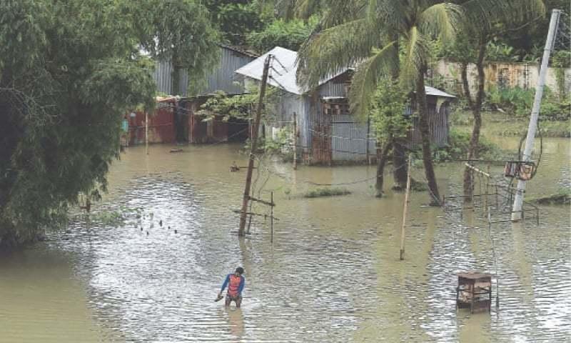 بنگلہ دیش کا ایک تہائی حصہ مون سون بارشوں کے باعث زیر آب آگیا