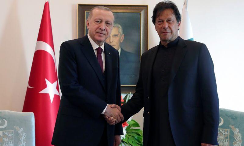 ترکی کے یوم جمہوریہ کے موقع پر وزیراعظم عمران خان، رجب طیب اردوان سے اظہار یکجہتی