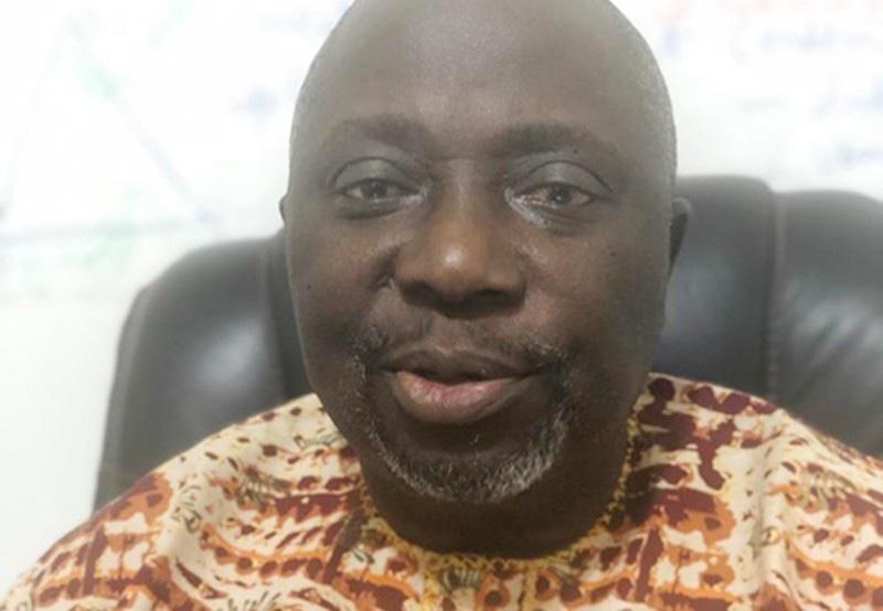 نائیجیریا کے صحافی  ڈاپو الورنیومی—فوٹو: سی پی جے