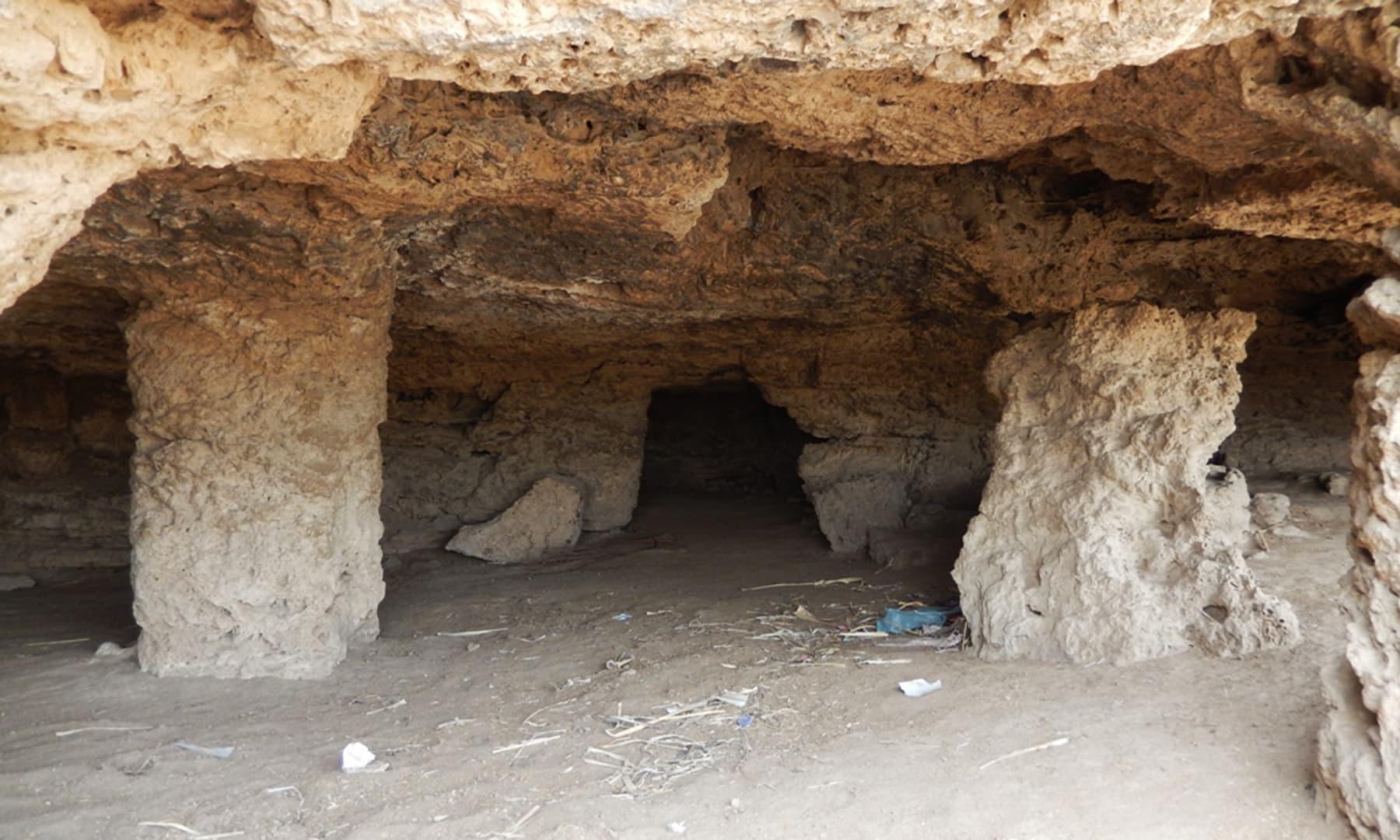 کائی کی قدیم غاریں