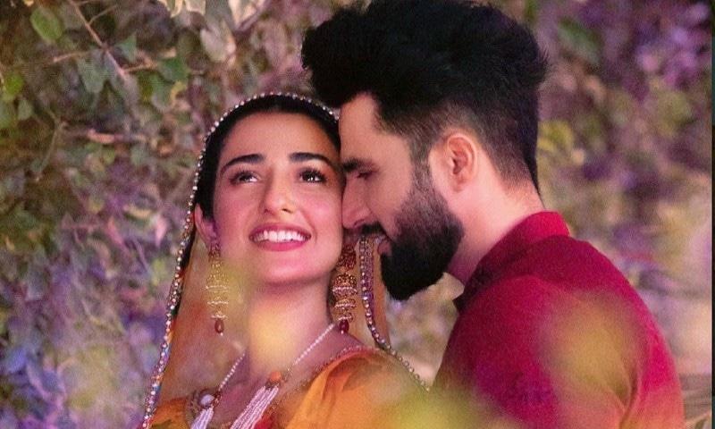 فلک شبیر اور سارہ خان کے درمیان تعلقات کیسے استوار ہوئے؟