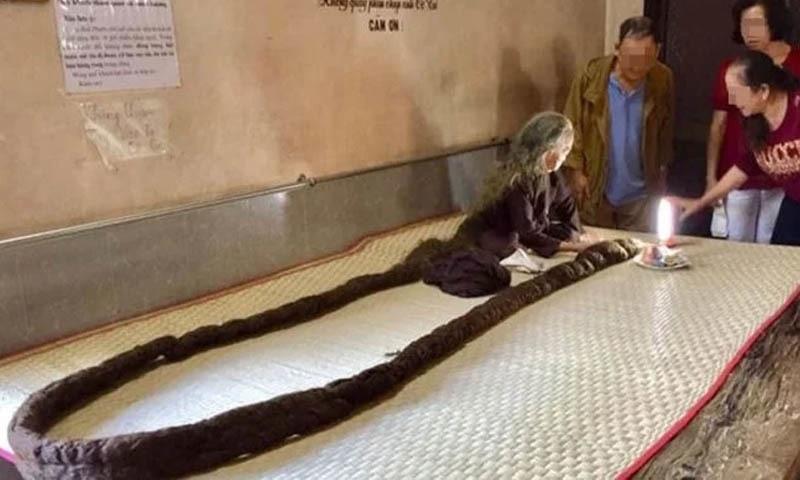 6 میٹر لمبے بالوں والی 83 سالہ خاتون