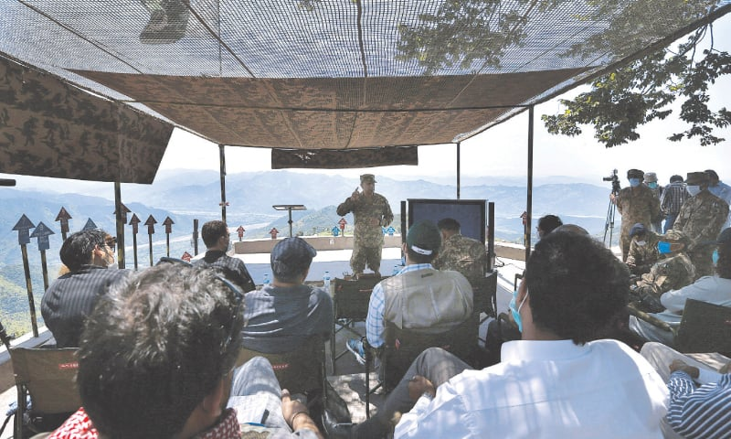 AJK people tell foreign journalists tales of pain caused by Indian firing
