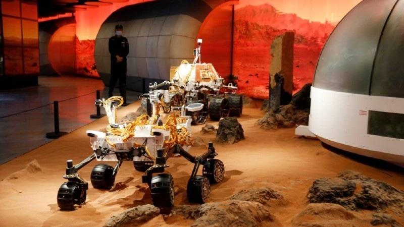 مریخ پر بھیجی گئی گاڑی کا وزن 5 ٹن ہے—فوٹو: ای پی اے