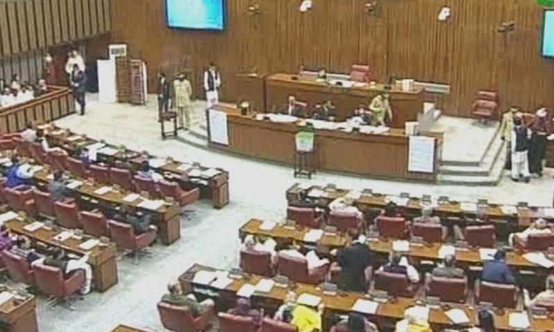 سینیٹ: خواتین پر گھریلو تشدد کے خلاف بل، جمعے کی چھٹی کیلئے قرارداد پیش