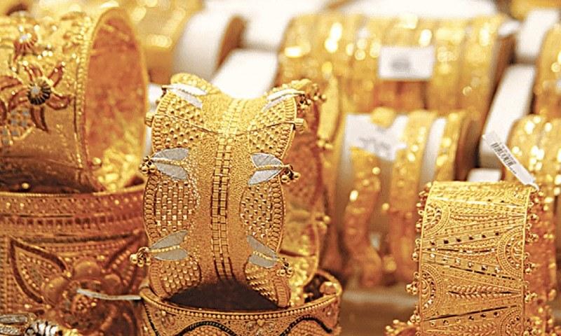 مقامی مارکیٹ میں فی تولہ سونے کی قیمت ایک لاکھ 22 ہزار 500 روپے ہوگئی — فائل فوٹو