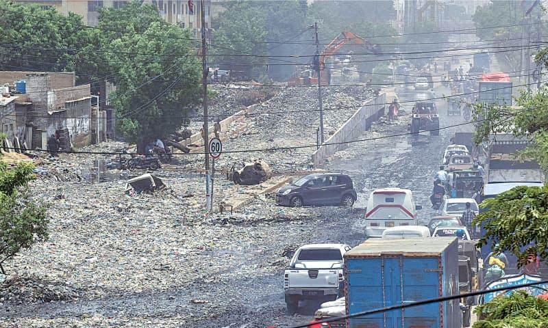 Murad seeks plan to prevent flooding in Karachi after rains