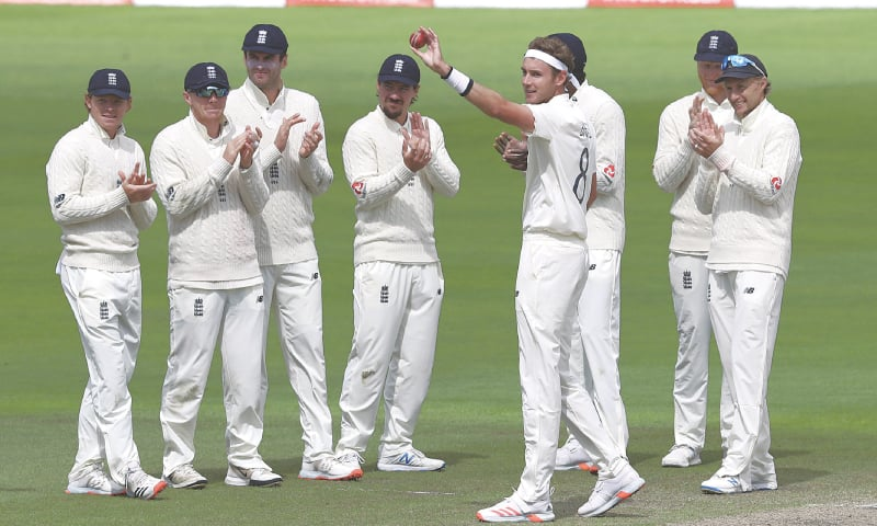 Broad crosses 500 mark as England rout WI to take series