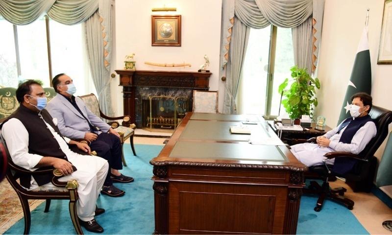 کراچی کے عوام کو مشکل صورتحال میں تنہا نہیں چھوڑیں گے، وزیر اعظم