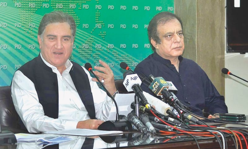 FOREIGN Minister Shah Mehmood Qureshi addressing a press conference on Friday. — APP