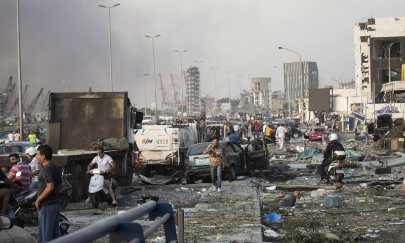 دھماکوں میں ہلاک افراد کی تعداد 100 تک پہنچ چکی—فوٹو: اے پی