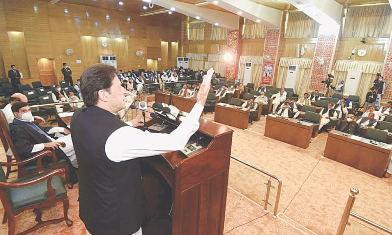 MUZAFFARABAD: Prime Minister Imran Khan addresses a special session of the AJK Legislative Assembly on Wednesday.—White Star