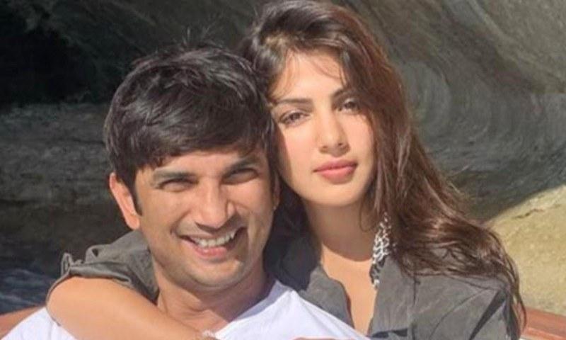 سشانت سنگھ کے والدین اور زیادہ تر افراد کا خیال ہے کہ اداکار نے گرل فرینڈ ریا کی وجہ سے خودکشی کی ہوگی—فوٹو: انسٹاگرام