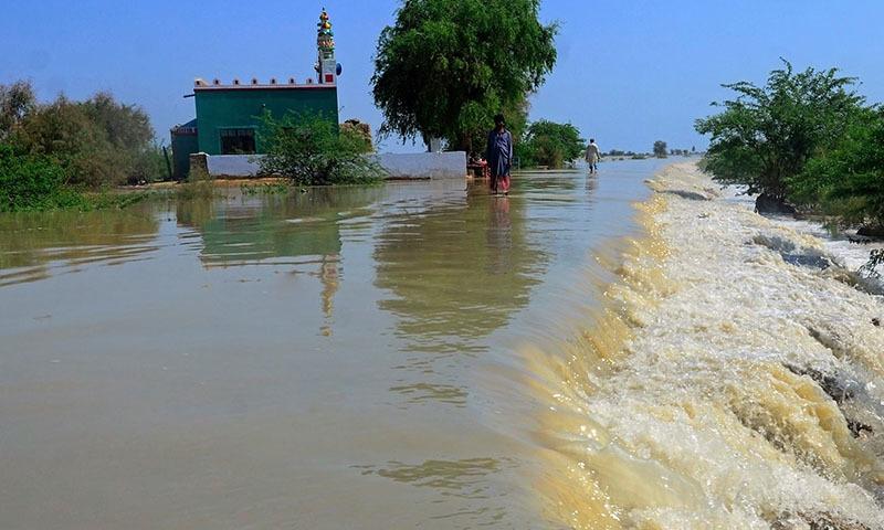 سندھ اور بلوچستان کے اضلاع میں سیلاب نے تباہی مچادی