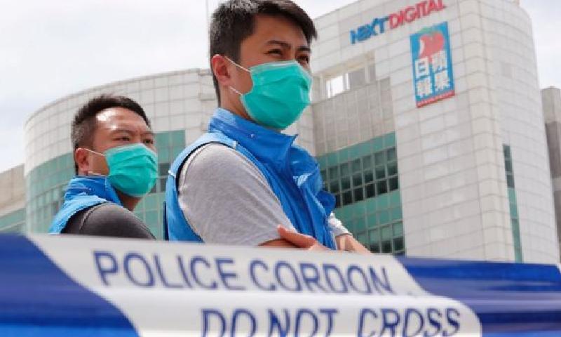 ہانگ کانگ کے میڈیا ٹائیکون جمی لائی بیٹوں سمیت گرفتار