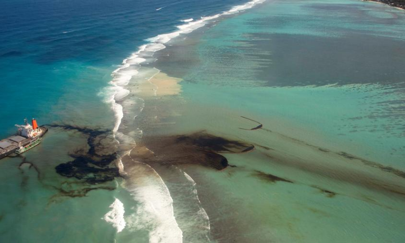 Mauritius oil spill, visible from space, could worsen as tanker crack widens